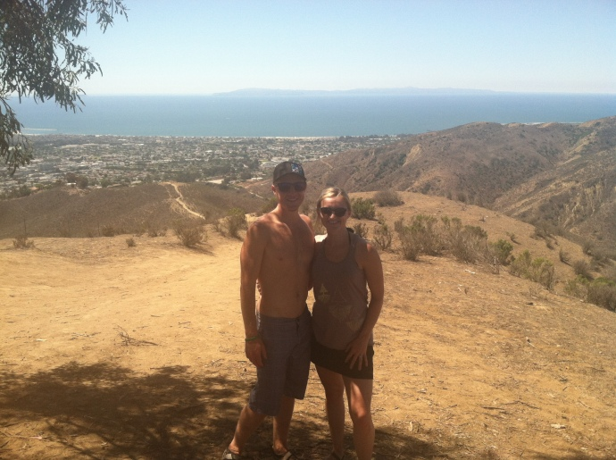 Earth Runners hiking